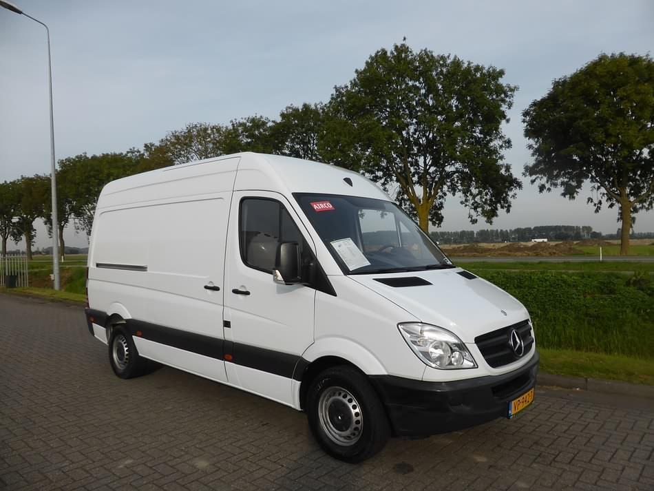 Trágico bueno taburete  MERCEDES-BENZ SPRINTER 310 CDI 37S - Kleyn Vans