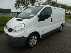 RENAULT - TRAFIC 2.0 DCI L1H1