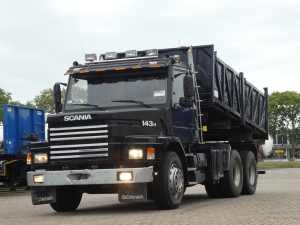 SCANIA - T143 H