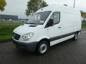 MERCEDES-BENZ - SPRINTER 211 CDI