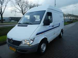 MERCEDES-BENZ - SPRINTER 208 CDI