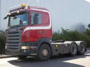 SCANIA - R560